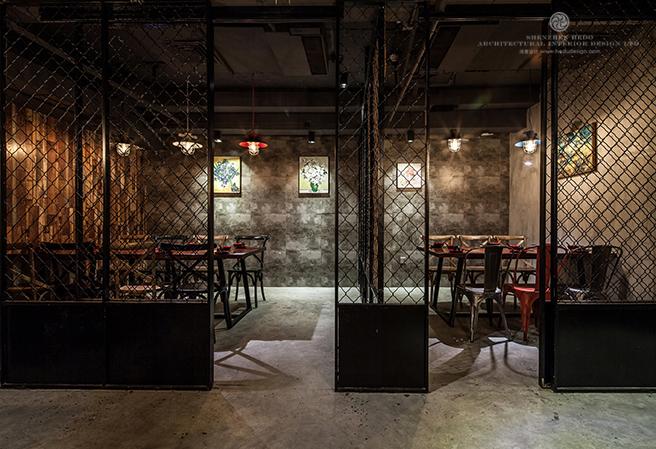 当吃着最具特色的小龙虾,再加上不一样的美景,我想那才是设计餐厅最原